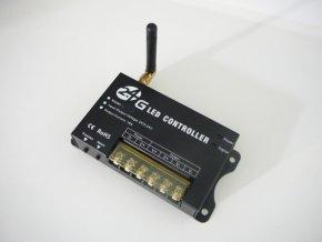 Stmívač ovladač RF24