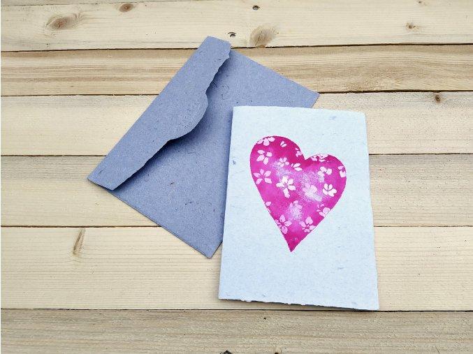 Valentýnské přání A6, zdobení srdce