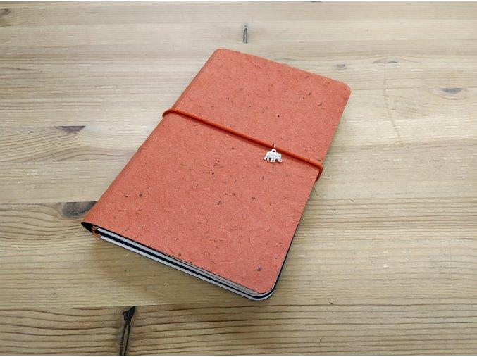 Kreativní deník ruční papír, barevný vzor oranžově červená