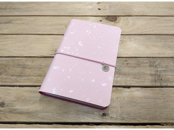 Obláčkově růžový kreativní deník z ručního papíru