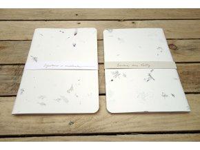 Květový sešit - desky s kvítky pomněnek, barvínku a další