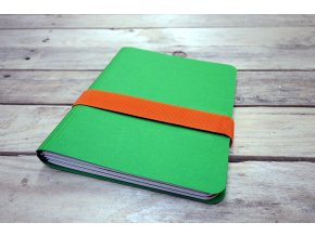 Desky barvy zelená