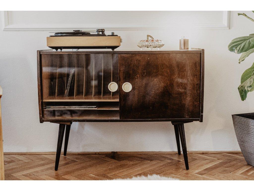 komoda na gramofon výška 75cm, šířka 100cm, hloubka 40cm