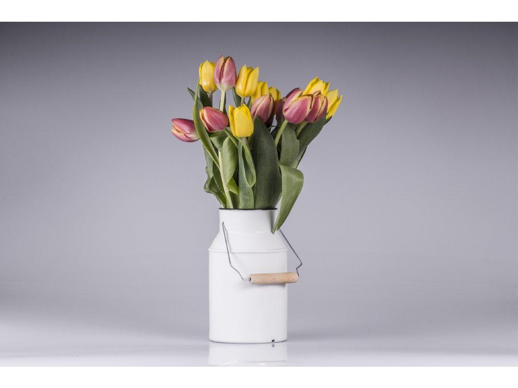 váza, váza na květiny, dárek, svatební dar, retro váza, designová váza, bílá váza, dekorativní váza, vázy dekorace, moderní váza, porcelánová váza, bandaska, doplňky do interiéru, dekorace do bytu, bytové doplňky, designové doplňky, bytové doplňky eshop, moderní doplňky do bytu, luxusní bytové doplňky, dekorace do obýváku, český porcelán, porcelán, luckavo, Lucie Tomisváza, váza na květiny, retro váza, bandaska, originální váza, designová váza, bílá váza, dekorativní váza, vázy dekorace, moderní váza, porcelánová váza, bandaska, doplňky do interiéru, dekorace do bytu, bytové doplňky, designové doplňky, bytové doplňky eshop, moderní doplňky do bytu, luxusní bytové doplňky, dekorace do obýváku, český porcelán, porcelán, luckavo, Lucie Tomis
