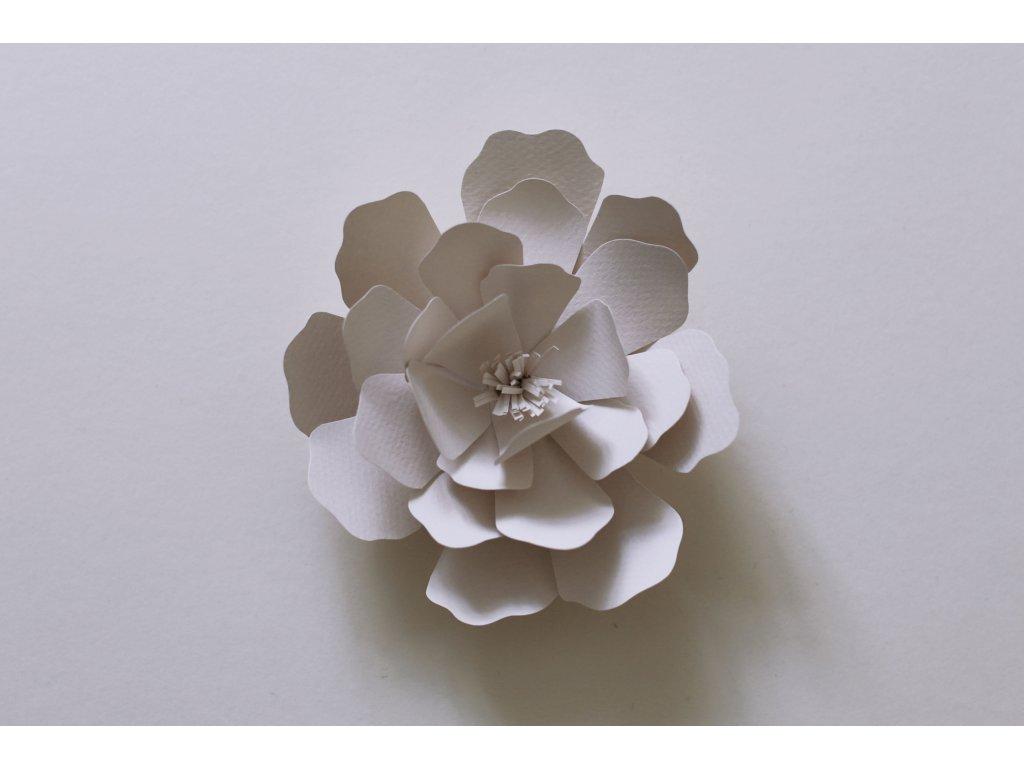 papírová květina 12 cm
