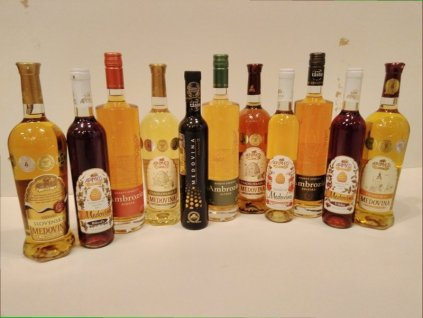 Apimed - Výhodná kompletní kolekce medovin  sklo