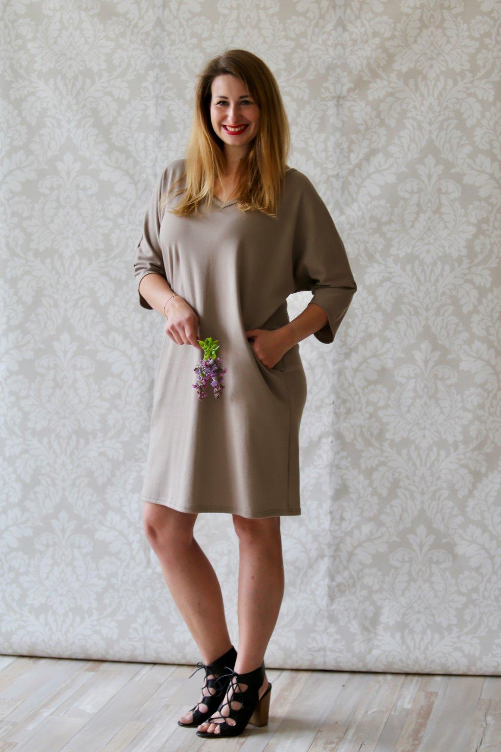 Véčkové elegantní šaty Juno / Béžová
