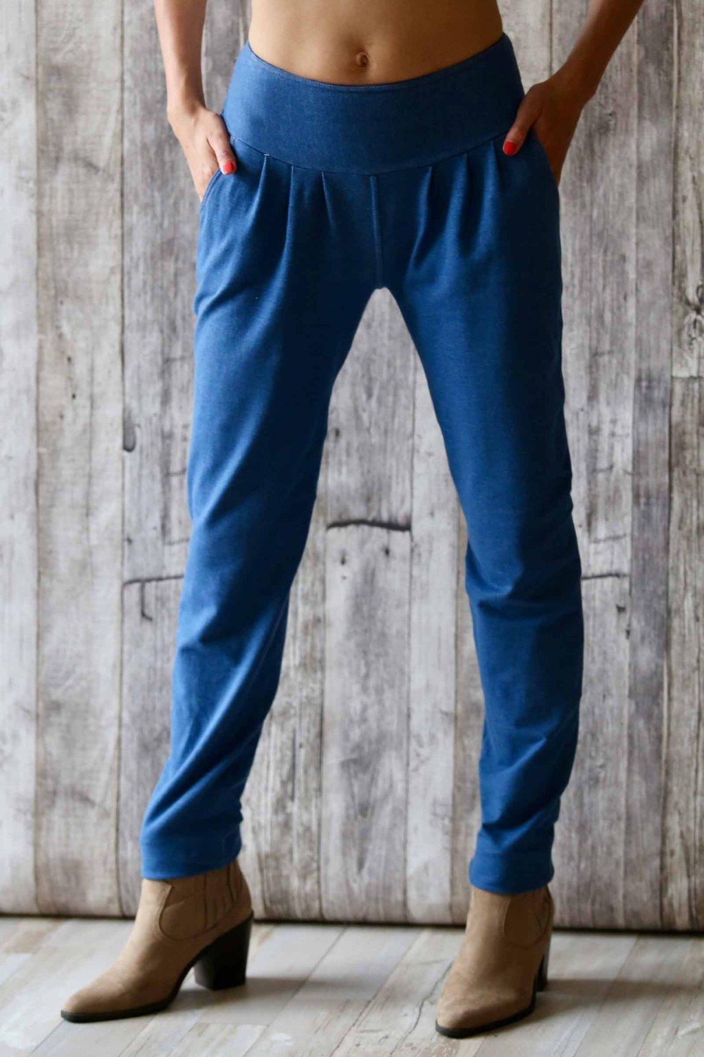 Džínové kalhoty s žabkami Ambrosia / Modrý denim