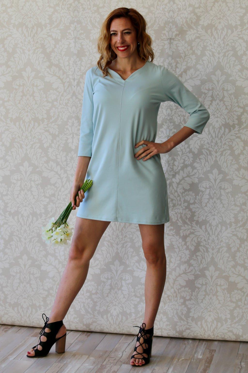 Šaty s originálním výstřihem Agáta / Mintová