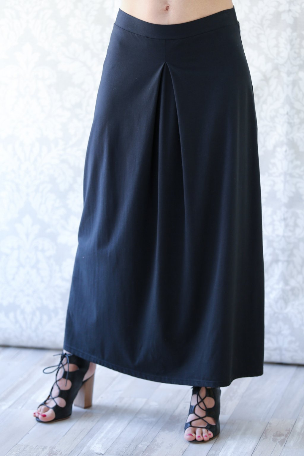 Dlouhá sukně se skladem Alexandra / Černá