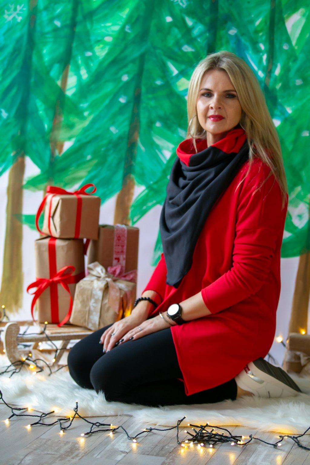 Multifunkční šátek Sofia 100x100 / Černá s Červenou
