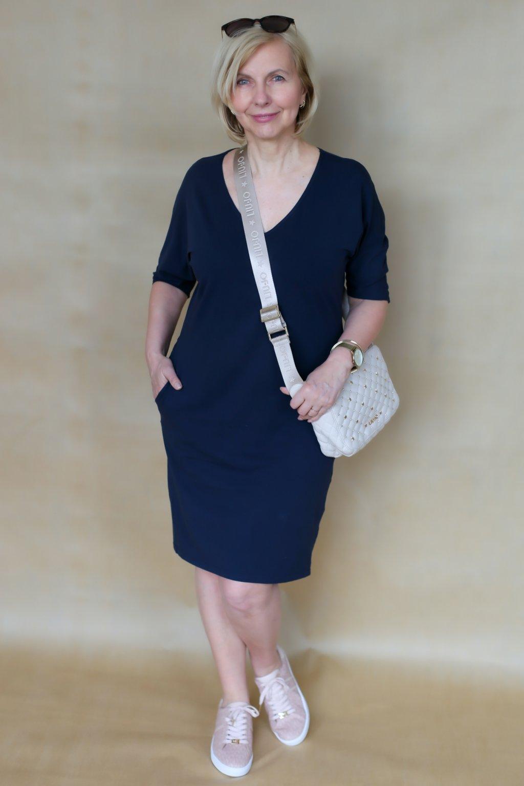 Véčkové elegantní šaty Juno / Navy