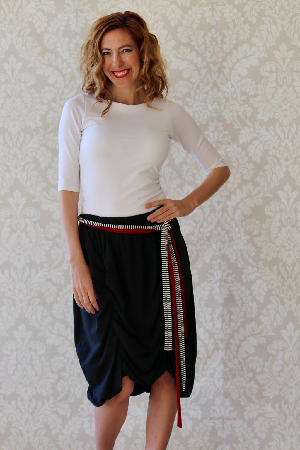 Dlouhá balónová sukně Astraia / Černá