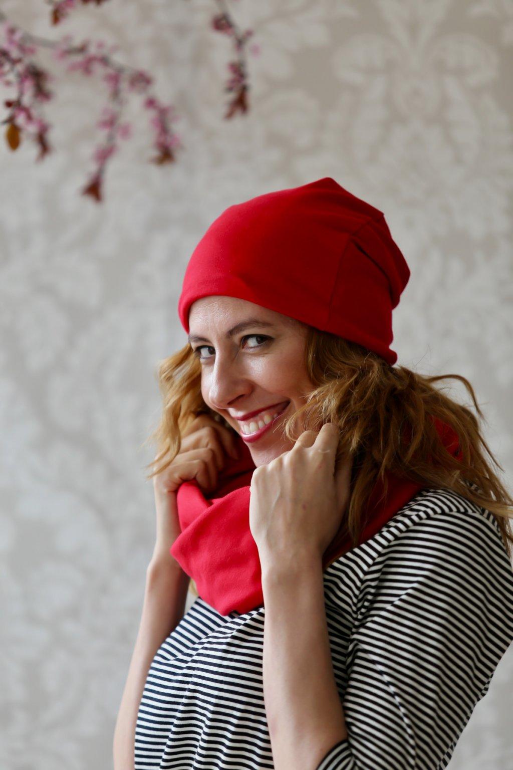 Přjemná čepice Lilith / Jasná červená