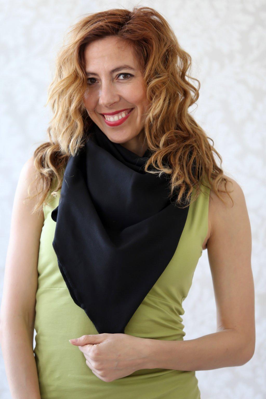 Multifunkční šátek Sofia 100x100 / Černá