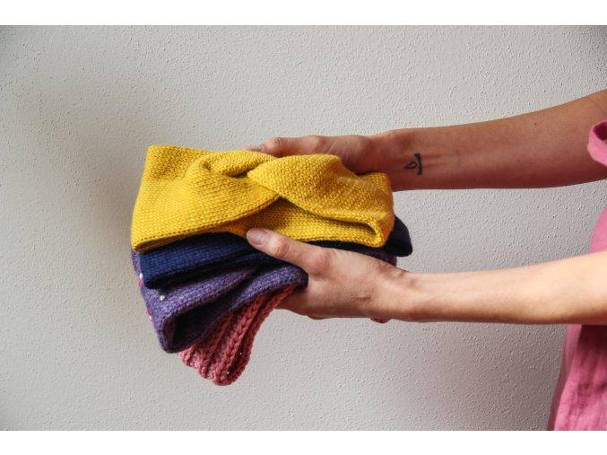 Pletená čelenka - na přání