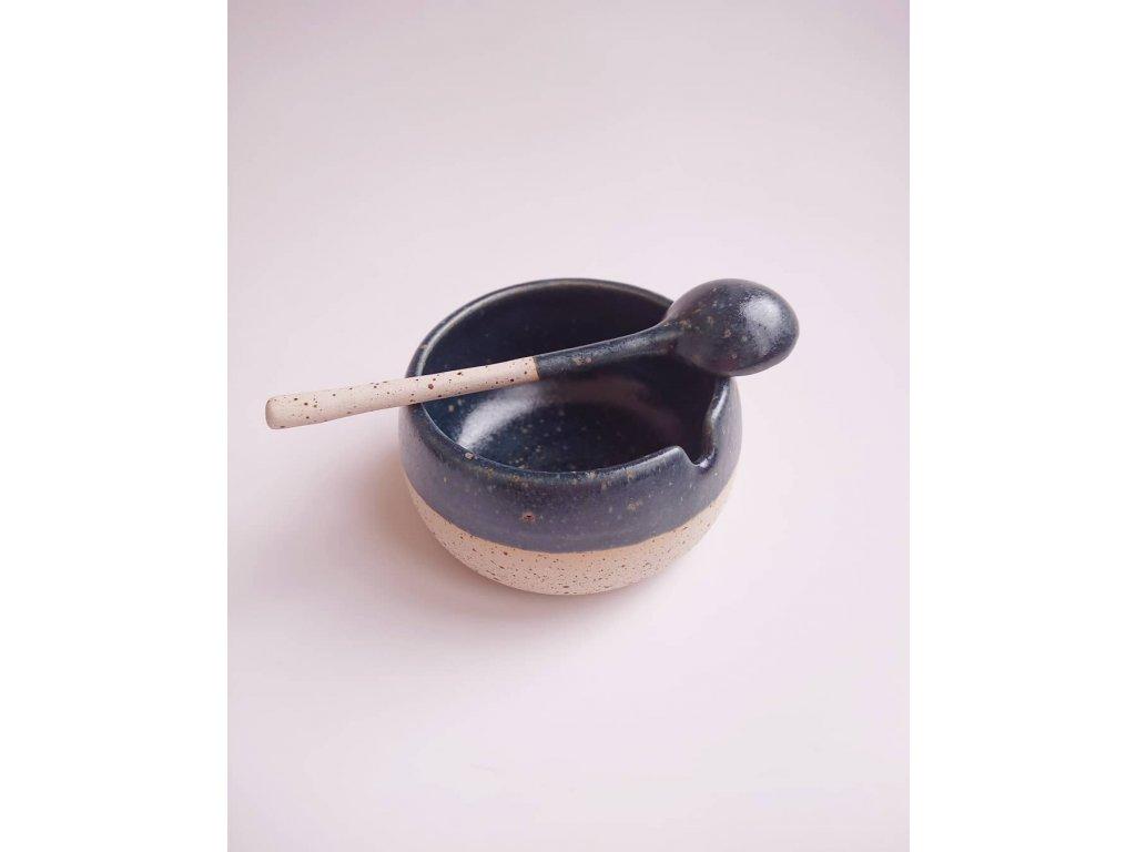 Cukřenka z tečkované hlíny - tmavá
