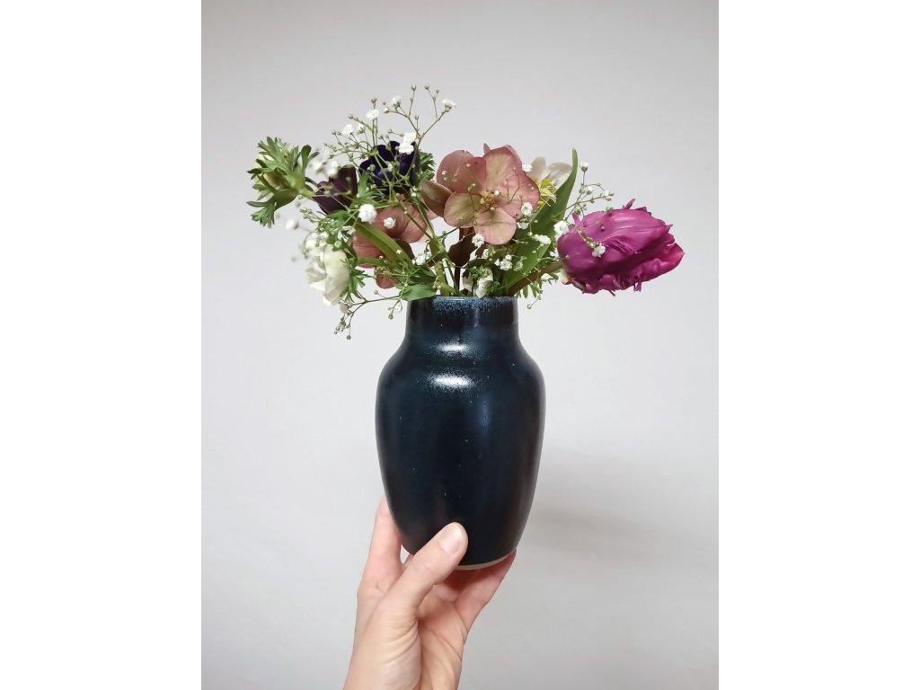 Váza temně modrá (V04)