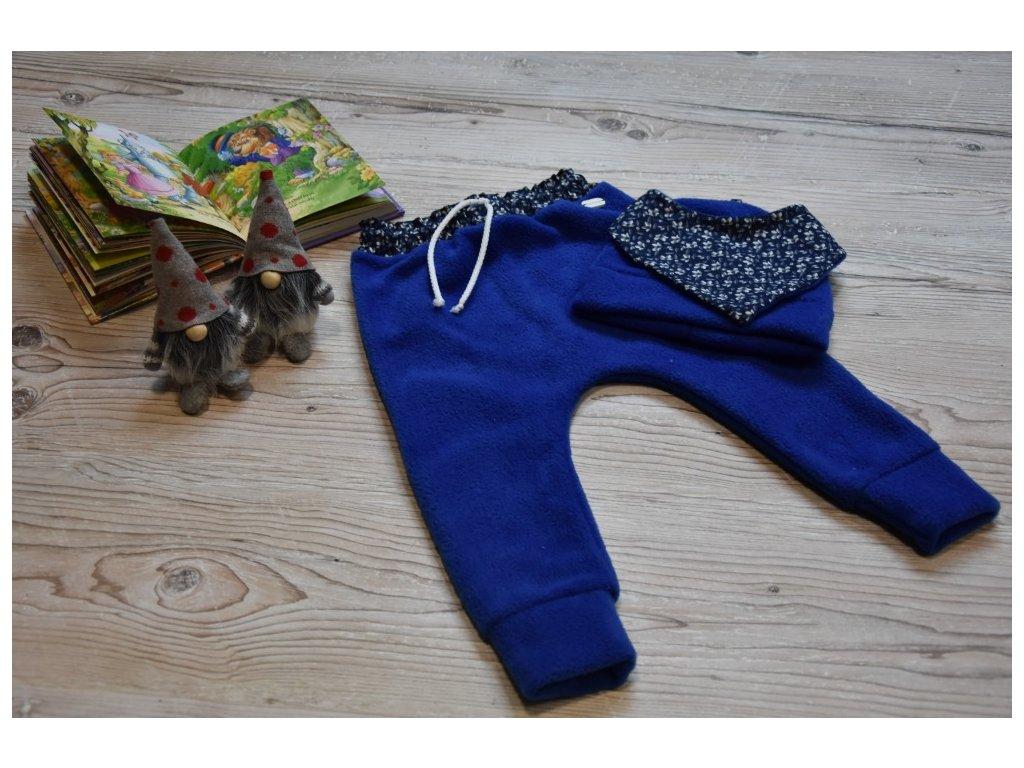 SET kalhoty, čepička, šátek modrý s modrobílými kytičkami