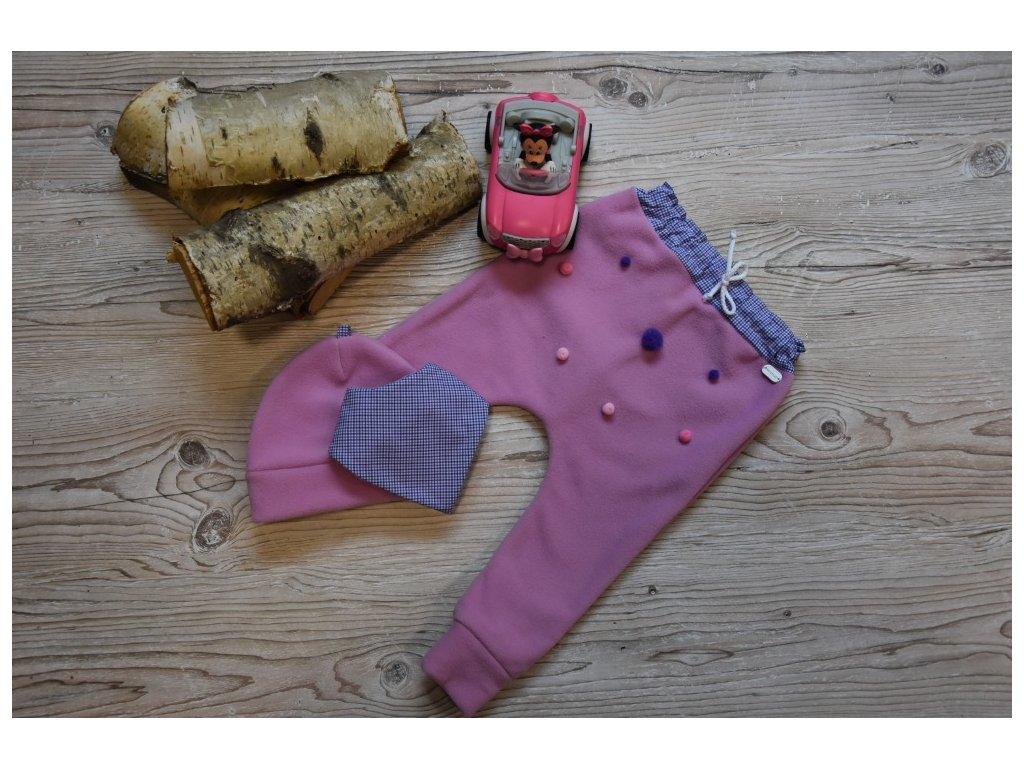 SET kalhoty, čepička, šátek růžový s barevnými bambulkami