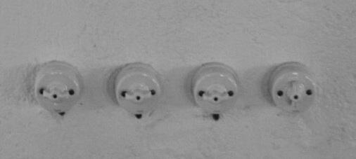Porcelánové vypínače Garby s retro kličkou