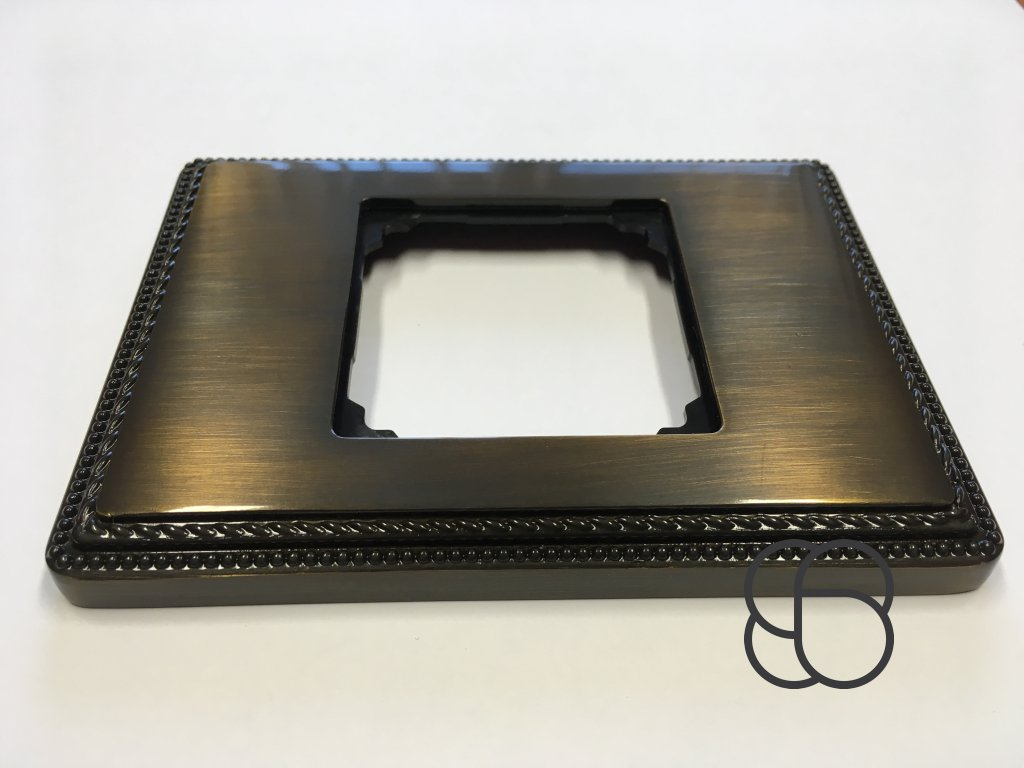 Rámeček Venezia Metal kov se čtvercovým výřezem