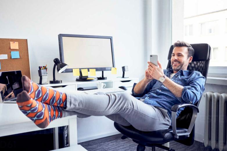 Jak se zorientovat v nabídce kancelářských židlí?