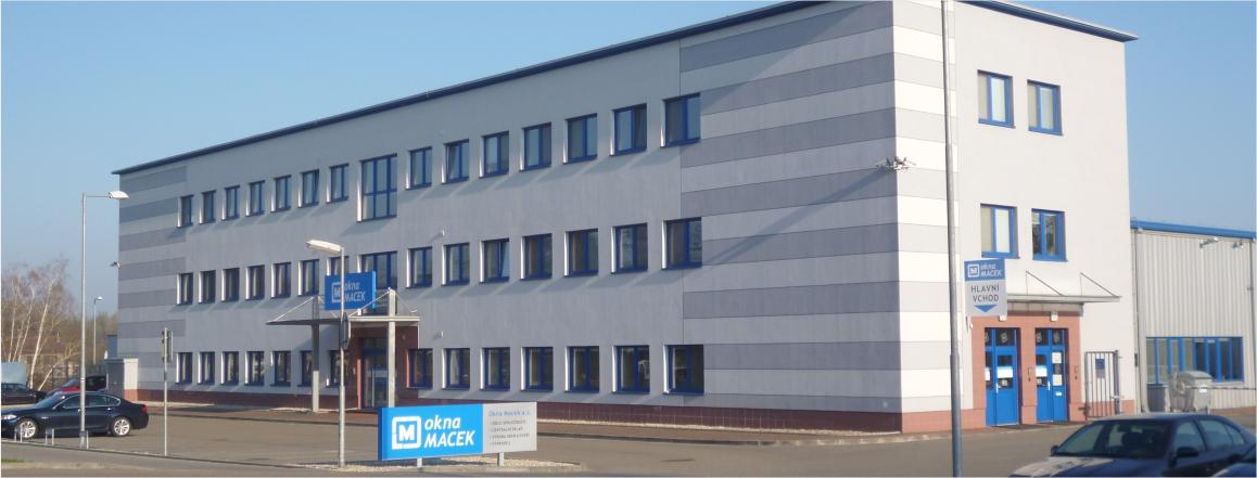 budova okna Macek