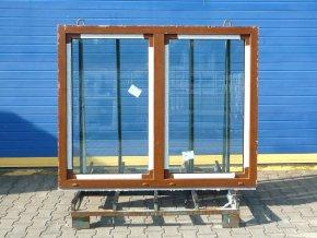 Plastové dvoukřídlé okno na klapačku 1200x1200