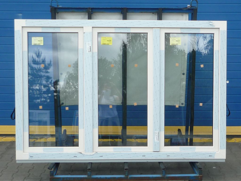 KBE Plastové okno - 1200x600 mm, sklopné (S), zlatý dub/bílá