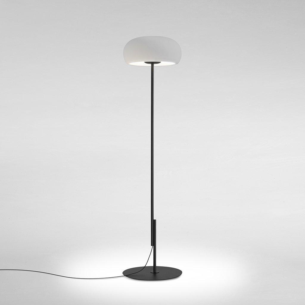futuristická stojací lampa