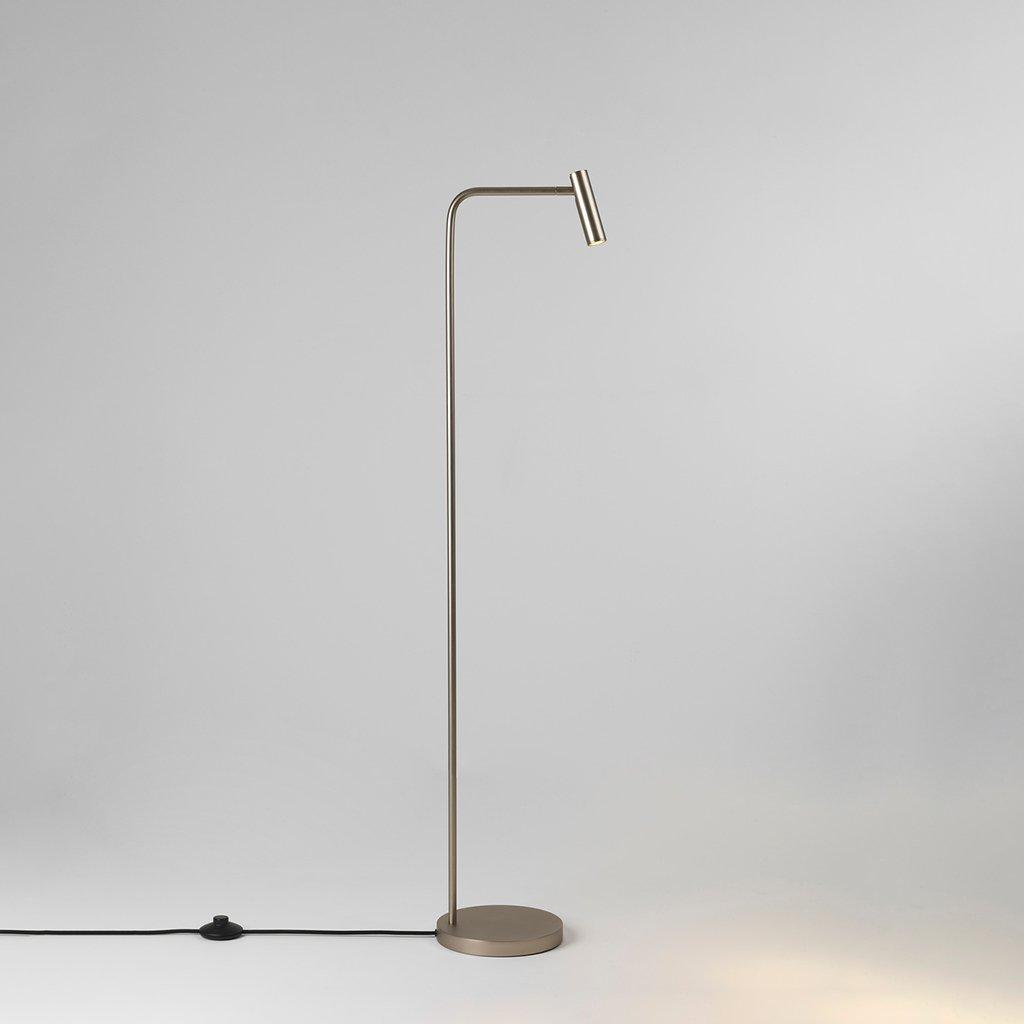 niklová stojací lampa