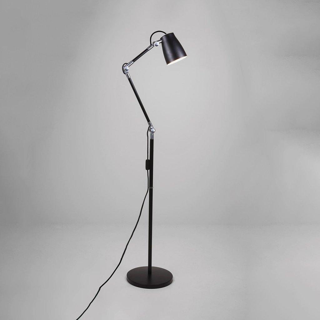 polohovatelná stojací lampa