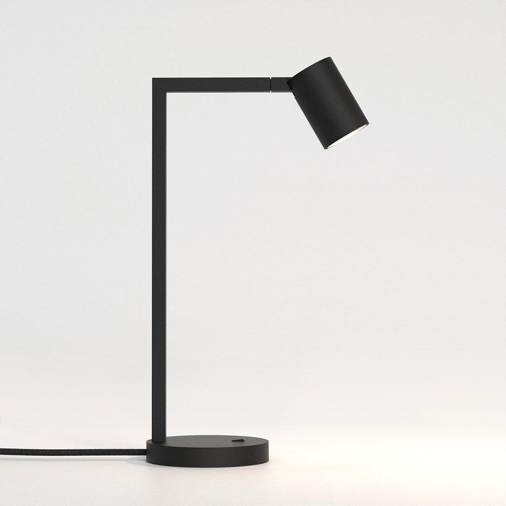 designová stolní lampa na pracovní stůl