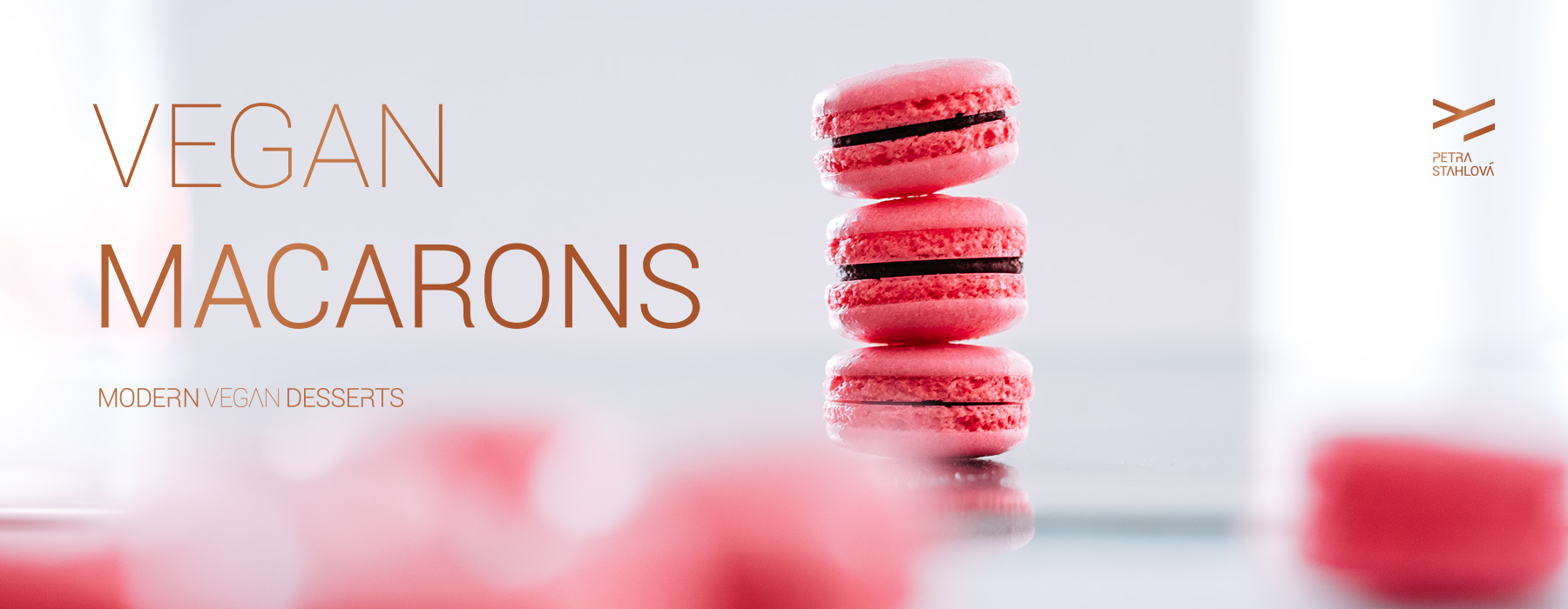 Vegan Macarons - Modern Vegan Desserts - Available in English - April 2019