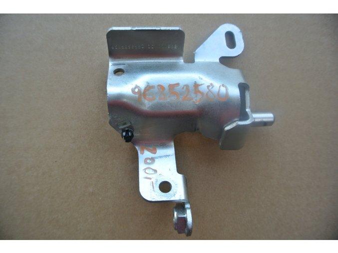 Držák Citroen, Ford, Peugeot 1.6 HDI 9685252580
