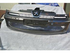 Peugeot 807 přední nárazník