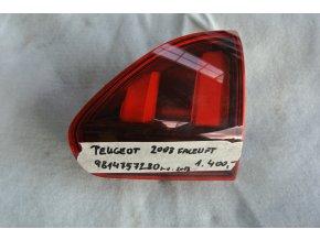 Světlomet pravý, zadní Peugeot 2008 Facelift č. 9814757280