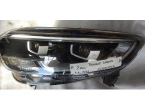 Světlomet levý, přední Renault Kadjar č.260608114 R
