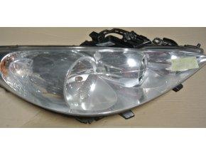Světlomet pravý, přední Peugeot 207 č. 89900875