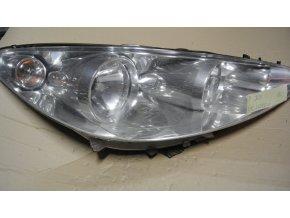 Světlomet pravý přední Peugeot 308 č. 9656162480 bez vad