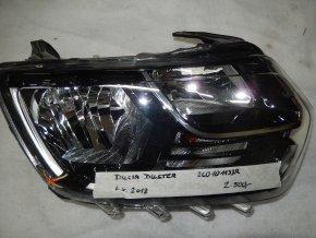 Světlomet pravý přední Dacia Duster