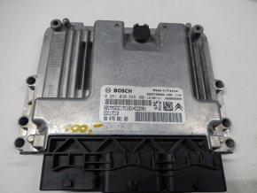 Řídící jednotka motoru 1.4 HDi Peugeot 2008 č.0281030545, 9807886180