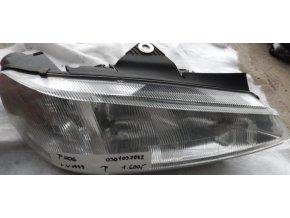 Světlomet pravý, přední Peugeot 406 č. 0301037022