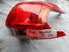 Zadní světlo pravé Peugeot 2008 č. 9678074380