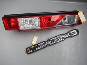 Pravá zadní sdružená svítilna Renault Master č. 265500023R