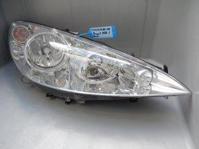 Světlomet pravý přední Peugeot 308 č. 9656162480