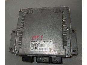 Řídící jednotka motoru 2.0 Bosch ECU  Citroen Jumpy/Peugeot Expert/Fiat Scudo č. 0281010884   9650931880