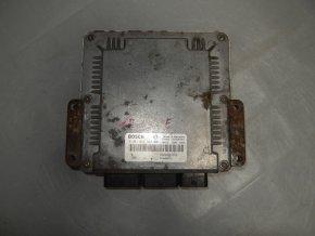 Řídící jednotka motoru 1.9 Bosch Renault Laguna č. 0281011324   8200309316    8200309321