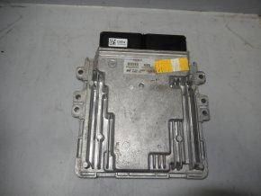 Řídící jednotka motoru 1.6 CRDi Hyundai Tuscon, I30 III   č.9001230068KE    39199-2U000    SIM2K-510